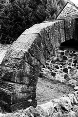 IMG_0633 (griff griff) Tags: stridingarches dumfriesgalloway andygoldsworthy cairnhead sculpture southernuplands moniaive byre