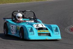 529A2873 (iChasney) Tags: phil hutchins pulsar philhutchin rgb 750 750motorclub 750mc bikeengine motorsport snetterton