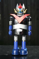 Great Mazinger Tin Wind-Up (Marmit 2002) (Donald Deveau) Tags: greatmazinga tintoy toys toyphotography japanesetoy japanesecharacter anime robot sciencefiction