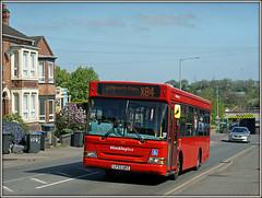 Arriva (HinckleyBus) 2171, Rugby (Jason 87030) Tags: dennis dart red ariva lf52urz newboldroad rugby leicester warks warwickshire road newbold street x84 2171 shot vehicle