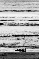 Black Lines (wi dodow) Tags: bw blackwhite desaturate beach lines wave nature nasionalgeographic natgeo geonusantara geojatim pulaumerah banyuwangi monokrom