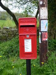 LA7 204 - Storth, Cockshot Lane 170428 (maljoe) Tags: postbox postboxes royalmail eiir la7