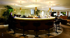 Bar seats (A. Wee) Tags: cathaypacific thepier firstclass airport lounge hkg hongkong 国泰航空 香港 机场 中国 china bar