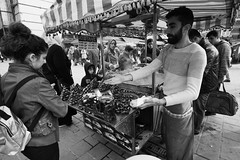 DSC04479 (sametmercemek) Tags: photography photographer portrait people streetphotos streetphotography streetlife street sonya6000 sony story alpha art artlightproject blackandwhite bw bnw black birds monochrome mono eminönü trade istanbul turkey