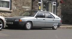 Citroen BX (occama) Tags: b149crl citroen bx old silver french car cornwall uk