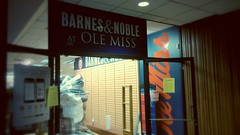 With doors wide open... (Retail Retell) Tags: barnesandnoble olemiss universityofmississippi oxford ms lafayette county retail university college bookstore relocation student union renovations expansion temporary location jacksonavenuecenter old former oxfordmall