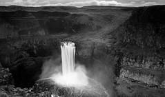 From hidden waters (Greenneck) Tags: palousefalls waterfall palouse blackandwhite landscape washingtonpalousewaterfall