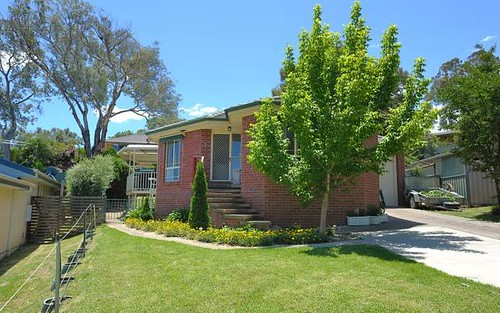 5 Jillabenan Close, Tumut NSW