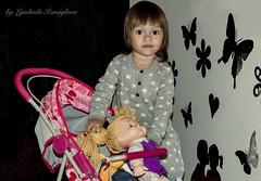 Daughters - mothers (Lyutik966) Tags: daughtersmothers girl child toy game doll stroller cafe krasnogorsk portraitsshots