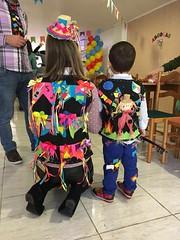 1435 (adriana.comelli) Tags: festa junina coletinhos gravatas vestidos trajes menino menina cabelo junino bandeirinhas fogueira roupas adulto jardineira cachecol