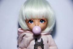 Commissioned (AnnaZu) Tags: annazu annaku vesnushkahandmade polymer clay miniature bjd abjd props accessories dollfairyland ante tan pukifee bubblegum bubble commission