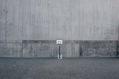 Solid Background (blockregn) Tags: fs170514 fotosöndag fotosondag bakgrund background fujifilm fujifilmxt2 fujinon xf16 urban concret basketball solid rough kvarnholmen stockholm sweden sverige