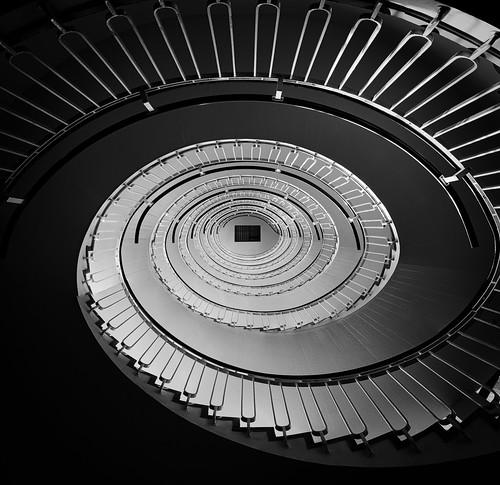 blackandwhite bw oval round curve lines rail stairs london lookingup architecture black white composition contrast geometric iconic indoor monochrome pattern rings simonandhiscamera urban vignette vertigo