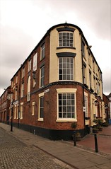 The Minerva (Derbyshire Harrier) Tags: hull cobbles 2017 2017cityofculture humberside eastyorkshire pub flatiron may spring minervaterrace theminerva tetleybitter engineering greenpower windpower future cleanenergy