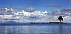 Lake Titicaca, Bolivia (Philbo ¯\_(ツ)_/¯) Tags: lake titicaca bolivia