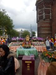 Buddha's Birthday03 (Quetzalcoatl002) Tags: buddha birthday buddhism celebration cultural event amsterdam nieuwmarkt chinatown waag