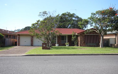 102 Goldens Rd, Forster NSW 2428
