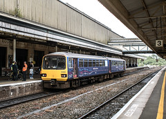 143620. Exeter (St.David's). 15 May 2017. (ricsrailpics) Tags: uk devon exeter railstation stdavids dmu class143 firstgreatwestern 2017