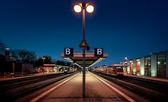 2017.04 Bahnhof Memmingen-003 (FV1405) Tags: 2017 bahn bahnhof bayern deutschland dämmerung fahrzeug memmingen verkehr zug