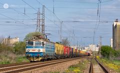 Time for a stretch (cossie*bossie) Tags: 46124 bdz 46 124 le5100 asea electric 060ea bulgarian state railways electroputere craiova locomotive freight train 80622 burgas bulgaria
