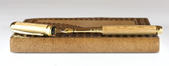 Wine Lovers Oak Fountain Pen (BenjaminCookDesigns) Tags: french oak wine cahors france british custom handmade fountainpen fountain pen bespoke gold beaufort bock artdeco gift