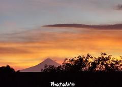Popocatépetl 🌋 (anavaldez3) Tags: méxico atardeceres puebla popocatépetl goyo volcán