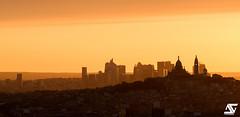 Butte Montmartre & La Défense (A.G. Photographe) Tags: anto antoxiii xiii ag agphotographe paris parisien parisian france french français europe capitale d810 nikon sigma 150600 ladéfense sacrécoeur montmartre goldenhour sunset hdr