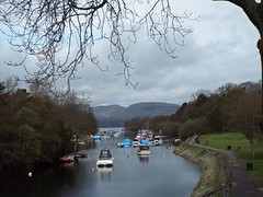 Boats leaving Balloch (Romane Licour) Tags: lochlomond loch scotland boats ships cloudy glasgow balloch lomond uk