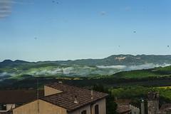 GUARDO TOLFA DALLA FINESTRA    ----    WATCHING TOLFA OUT OF MY WINDOW    ----    EXPLORE (Ezio Donati is ) Tags: italia italy lazio canalemonterano cielo sky calli valleys montidellatolfa rondini swallos nuvole clouds mattina morning