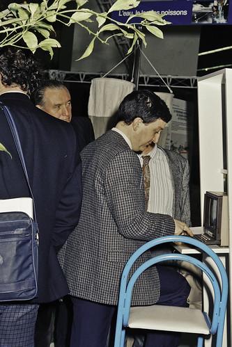 Mr JACQUES CHIRAC au SIA 1990-64-cliche Jean Weber