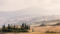 Podere Belvedere (AntiAtlas) Tags: podere belvedere tuscany toscana italy val dorcia italia landscape countryside hills rural light autumn europe lightroom colour dust evening