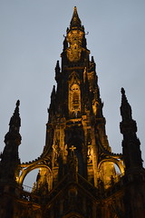 Scott Monument Illuminated (CoasterMadMatt) Tags: edinburgh2017 edinburgh cityofedinburgh city cities scottishcities capitalcityofscotland scottmonument scott monument memorail tower spire princesstreetgardens princes street gardens park parks parkland illuminated illumination litup lit up nighttimephotography inthedark building structure architecture scotland britain greatbritain gb unitedkingdom uk january2017 winter2017 january winter 2017 coastermadmattphotography coastermadmatt photos photographs photography nikond3200
