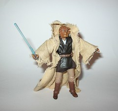 VC49 fi-ek sirch jedi knight star wars the vintage collection star wars attack of the clones basic action figures hasbro 2011 p (tjparkside) Tags: fiek fi ek sirch star wars tvc vintage collection vc aotc attack clones jedi knight episode 2 ii two battle geonosis lightsaber hilt cloak cape rode vc49 49 2011 basic action figures hasbro
