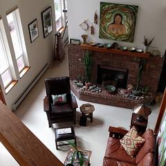 I love seeing inside creative people's homes & studios! #camanoislandstudiotour #woodbeam #fireplace #hearth #livingroom #artistshome #art #artwork #pottery (Heath & the B.L.T. boys) Tags: instagram livingroom fireplace pottery art