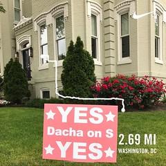 "#activetransportation ""The citizen"" #trynometrotuesday ❤️ DC @dachadc 🚶👏"