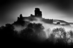 Corfe Mists (Langstone Joe) Tags: corfecastle mist mono monochrome bw blackandwhite misty