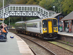 153318 & 153305 Bodmin Parkway (1) (Marky7890) Tags: gwr 153305 153318 class153 supersprinter 2c43 bodminparkway railway cornwall cornishmainline train
