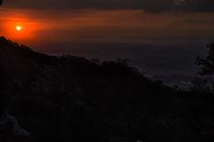 88-além (worrison) Tags: 365 sunset pôrdosol sol céu sky sun crepusculo