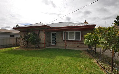 1044 Baratta Street, North Albury NSW 2640