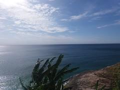(bp.oliveiras) Tags: beach sun rock nature ocean atlantic rio brazil