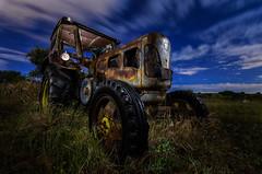Tractochando (AlfonNight) Tags: tractor nocturna painting night cacharro vehicle linterna spain españa