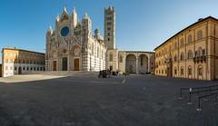 Siena (Andreas.W.) Tags: cattedrale di santa maria assunta piazza del duomo dom kathedrale cathedral siena toskana toscana tuskany samyang rokinon 12mm f2 wideangle weitwinkel