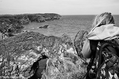 Bullers of Buchan (kateburgoynephotography) Tags: bullers buchan sea cliff people edge rocks birds water shore cliffs camels hump canon eos landscape scotland love backpack blonde black white