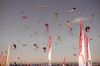 Festival de l'air (Matiou83) Tags: cerfvolant kite sky tz1 colors bleu blue