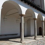 Eingangsportal Kirche San Michele thumbnail