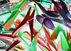 Kunstwerk mit Wäscheklammern (VenusTraum) Tags: kunstwerk wäscheklammern plastik bunt experiment colors 2017 lena chaos versuch rot grün blau red green kunststoff artistic clothes pegs pins