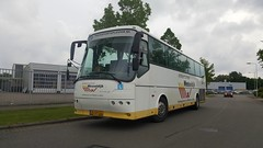 2017-05-18_05-47-45 (marcelwijers) Tags: bova futura verkeersschool wesseldijk met kenteken bjdp66 arnhem 18052017 bus coach touringcar lesbus autobus nederland netherlands niederlande reisebus