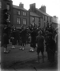 img725 (foundin_a_attic) Tags: bagpipes boys shoeless