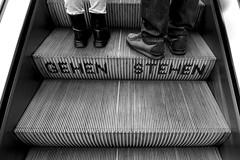 Breaking The Law (Isengardt) Tags: law gesetz vorschrift breaking brechen verstosen gehen walk stehen stand still füse feet shoes schuhe turnschuhe stiefel gummistiefel rolltreppe escalator movingstairway movingstaircase stairs treppen zug bahnhof train station mainstation street strase stuttgart badenwürttemberg deutschland germany europe europa olympus omd em1 1250mm