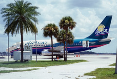 Air Tran B737 (Martyn Cartledge / www.aspphotography.net) Tags: aerodrome aeroplane air airtransat aircraft airline airliner airplane airport aspphotography aviation b737 boeing cartledge civilairline civilairliner flight fly flying jet martyn n465at plane runway transport wwwaspphotographynet uk asp photography